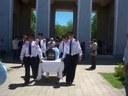 Los restos del tenor Constantino, en el Cementerio de Bragado, ante autoridades vascas y argentinas