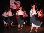 Paraná-ko Urrundik Euskal Etxeko dantzariak emanaldi batean