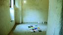 La artista donostiarra Maider López invita al público romano a transformar el espacio de su exposición 'Porte'