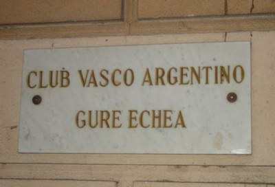 Gure Echea Basque Argentinian Club sign in Buenos Aires (photo EuskalKultura.com)