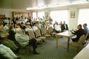 La comunidad vasca de San Francisco pidió al obispo Etxenagusia un cura euskaldun en la visita que les hizo el prelado en 2000