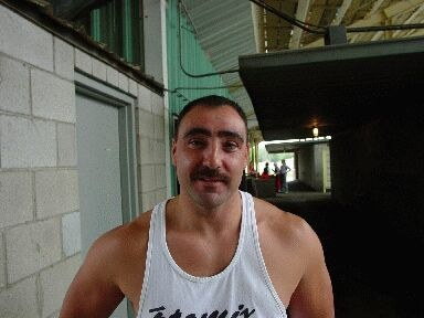 Aitor Narvaiza, stone lifter and general sportsman , is also an official of the sheriff's office