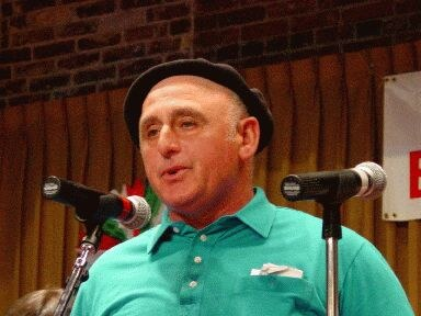 Johnny Curutchet, born in San Francisco, a bertsolari with deep Basque feelings