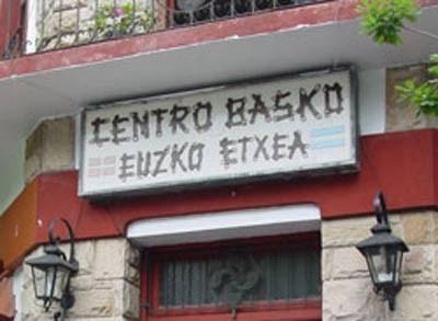 Sign at the entrance to the Centro Vasco Eusko Etxea Basque Club of La Plata (photo EuskalKultura.com)