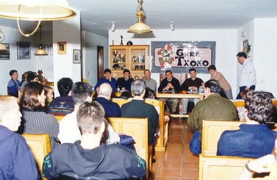 Meeting at the Gure Txoko Basque Club of Valladolid