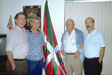 """Four friends from Miami at the old """"Txoko Alai"""" association: Alejandro Maiz, Miguel Isuskiza, Paco Avellanal and Miguel Angel Salazar"""