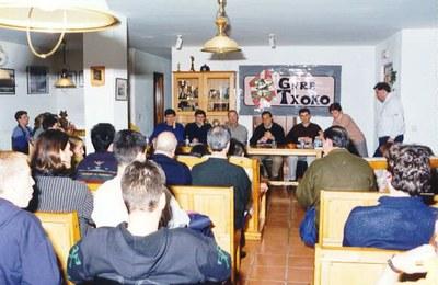 Reunión de miembros de Gure Txoko de Valladolid
