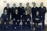 Comisión que construyó el edificio del centro vasco de Necochea
