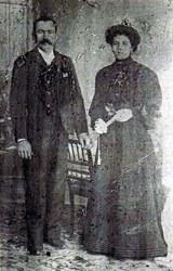 Maximo Aguirre y Celedonia Auza