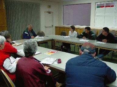 Reunión de participantes de BEO en el Centro Cultural Vasco de San Francisco (foto EuskalKultura.com)