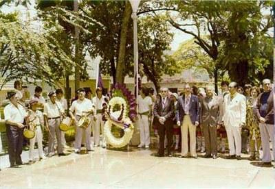 Valenciako Euzko Etxearen inaugurazioa, 1975ean