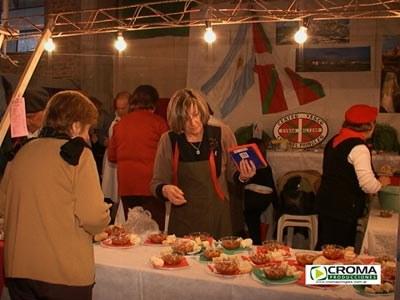Stand de la euskal etxea priglense en la Feria de Colectividades (foto Croma Producciones)