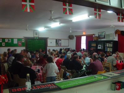 Interior de la Euskal Etxea de Townsville (foto EuskalKultura.com)