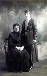 Asunción Telleria con su hija