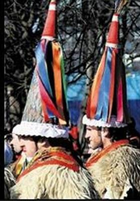 Nueva visita de la iniciativa Nazioen Mundua a Highland Escocia, para participar en su festival de verano