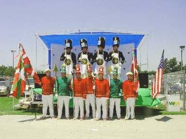 Grupo de baile Besta Berri Chino California Estados Unidos (EEUU)
