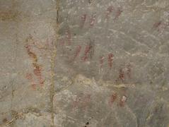 Astigarraga leizea, paleolitoko marrak