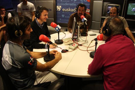 Euskadi Irratiko estudioan.