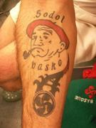 Omenezko tatuajea