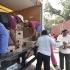 EITB acompaña a un convoy de distribucion de alimentos