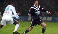 Christophe Dugarry en 2001 contre l'OM alors qu'il portait les couleurs des Girondins de Bordeaux (PHOTO ARCHIVES SO/L.T.)