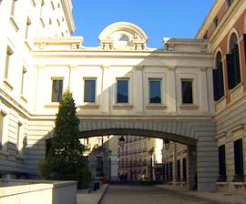 El Congreso de los Diputados está configurado por un complejo de cinco edificios con una superficie de cerca de setenta mil metros cuadrados