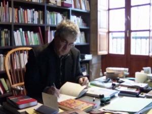 Le livre d'Atxaga 'Sept maisons en France' vient de sortir en français