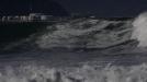 Punta Galea: Adur Letamendia, gana la lucha en olas grandes