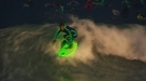 Australia: Surfistas cogen olas con trajes y tablas de neón