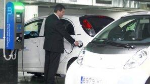 Punto de alquiler de vehículos eléctricos