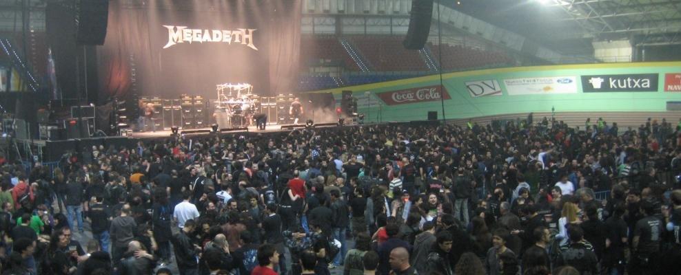 Megadeth banderola belodromoan.