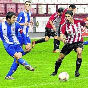 El Unión Deportiva Logroñés se llevó la victoria en su visita duelo con el Izarra.