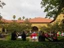 Noka talde euskal kaliforniarrak kantaldi berezia eskaini zuen Stanford Unibertsitatean