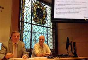 Julián Celaya, durante su intervención en la Escuela de Empresariales de Bilbao.