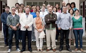 Julián Celaya, junto con los participantes en el programa Gaztemundu.