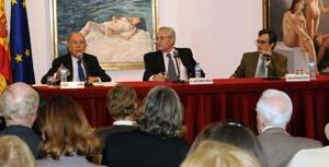 Marcelino Oreja, durante su intervención.