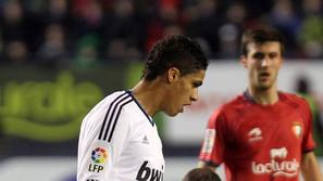 Varane en su visita con el Madrid a Pamplona.