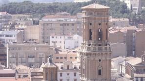 Vista de la torre de la catedral de Tudela.