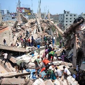 El derrumbe del pasado 24 de abril ha causado al menos 1.127 muertos y 2.437 heridos en Bangladesh.
