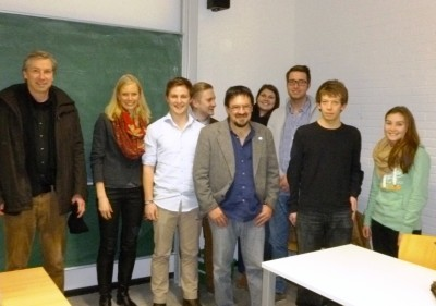 Iban Zaldua and a group of students in Marburg