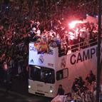 Los jugadores del Real Madrid a su llegada a la plaza de Cibeles.