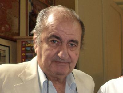 Ernesto Cornejo Saravia da Buenos Airesko Iparraldeko Euskal Etxeko lehendakaria