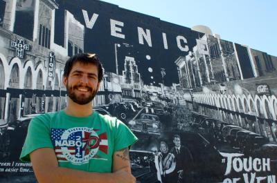 Ander Egiluz kazetaria EuskalKultura.com-en AEBetako korrespontsal lanetan dabil Kalifornian
