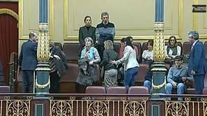 'La canción del pueblo de los Miserables' se cuela en el Congreso