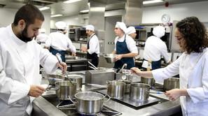 Una de las cocinas del Basque Culinary Center (BCC).