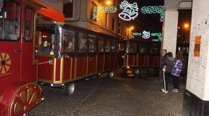 Al margen del uso turístico, en fechas señaladas, como Navidad, se ofrece un servicio más lúdico.