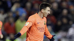 Lionel Messi celebra su tercer gol ante el Deportivo.