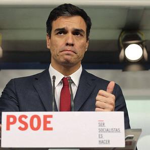 El líder del PSOE, Pedro Sánchez, durante la rueda de prensa que ha ofrecido hoy para hacer balance del año