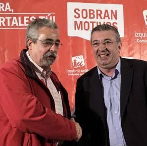 Fotografía de archivo de los portavoces de Izquierda Unida en la Asamblea y en el Ayuntamiento de Madrid, Gregorio Gordo (d) y Ángel Pérez (i), que han sido expulsados.