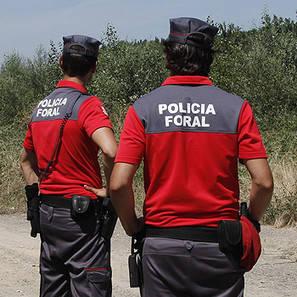 Agentes de Policía Foral.